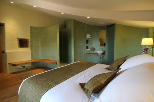 Double Room Hotel Can Cuch 38
