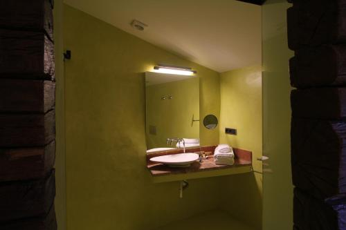 Double Room Hotel Can Cuch 34