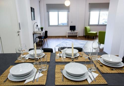 Sissy's New Brand Home, 71202 Iraklio