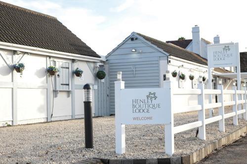 Henley Boutique Lodge