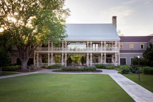 Hyatt Regency Lost Pines Resort and Spa - Accommodation - Cedar Creek