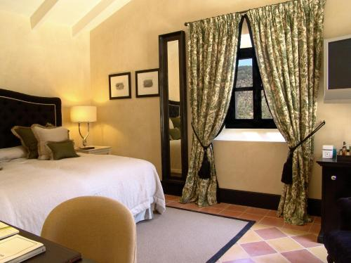 Superior Double Room Gran Hotel Son Net 8