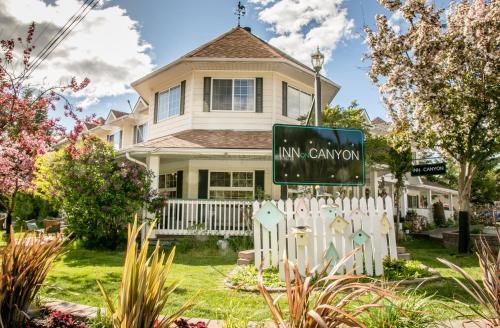 . Inn on Canyon