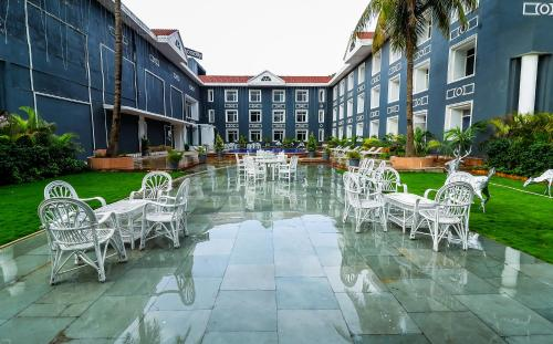 . Hotel Piccadily Raipur
