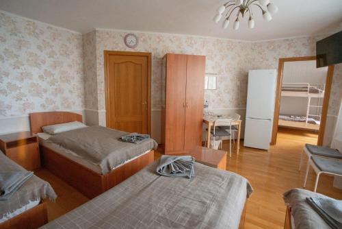 . Rooms in Tsilkovskogo 92A