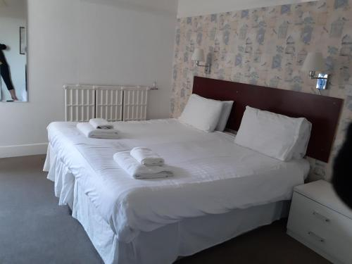 North Parade Seafront Accommodation - Photo 2 of 73