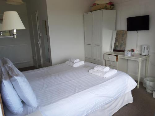 North Parade Seafront Accommodation - Photo 8 of 73