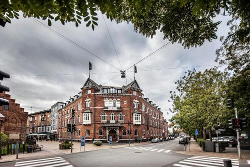 First  Grand, Pension in Odense