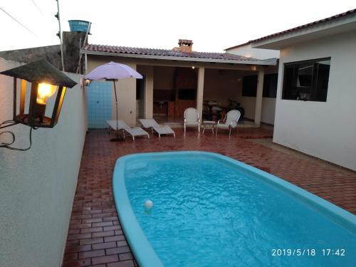Otima casa em foz com piscina (Photo from Booking.com)