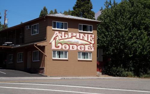 Alpine Lodge - Accommodation - Mount Shasta
