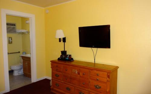 Superior Two-Bedroom Suite - Non-Smoking