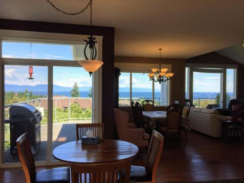 NeckPoint Treasure (Bed and Breakfast)