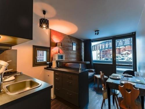 Rental Apartment Lauzières 2 Val Thorens