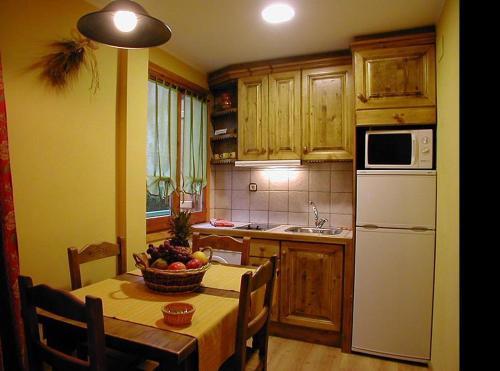 . Apartamentos Los Pirineos Biescas