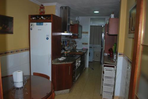 Fotos de quarto de Parking, piscina y wifi incluido, amplio piso en Manolete