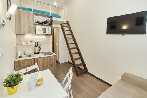 Апартаменты takeroom петроградская квартиры франция купить недорого