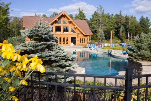 Fiddler Lake Resort - Hotel - Mille-Isles