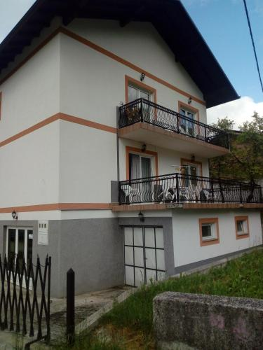 Apartmani Alema