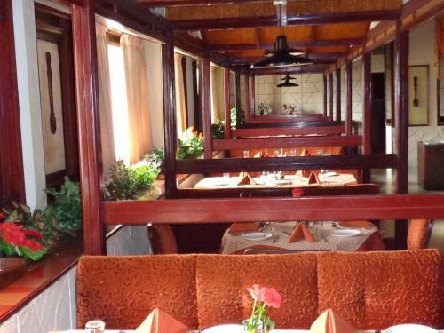 A-HOTEL com - Hotel Poonja International, Hotel, Mangalore, India