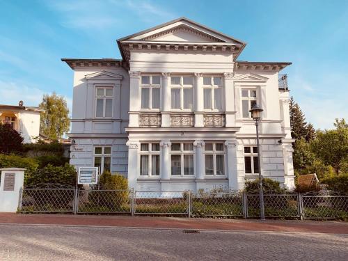 . Villa Franz