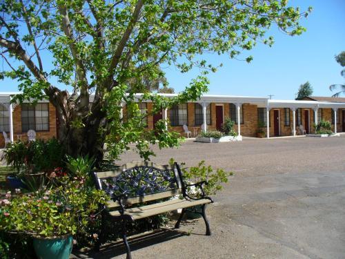 . Colonial Motor Lodge Scone