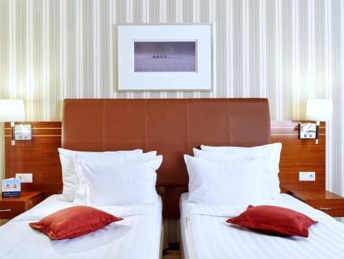 Solo Sokos Hotel Palace Bridge Стандартный двухместный номер с 2 отдельными кроватями