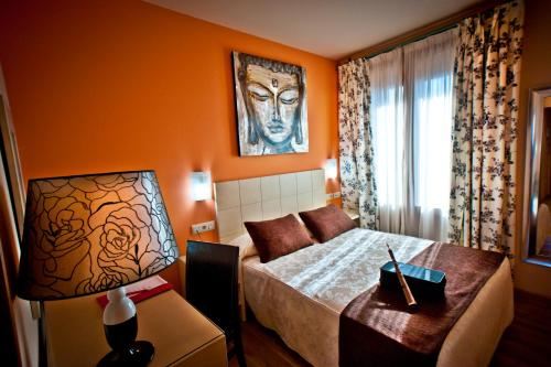 Single Room Hotel Condes de Castilla 6