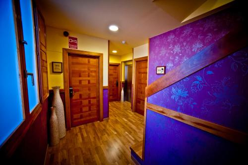 Single Room Hotel Condes de Castilla 8