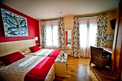 Zweibettzimmer Hotel Condes de Castilla 15