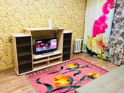 . Апартаменты Комс-27-63