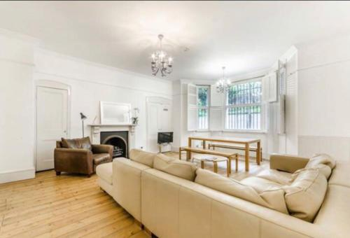 Beautiful London Home In The Heart Of Kensington