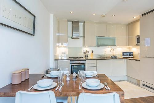 Picture of 2 Bed Apartment, Whitechapel - Sk
