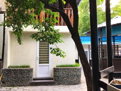 . Park Hostel Osh
