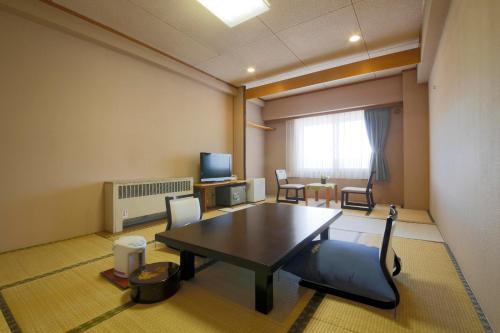 Shiga Park Hotel