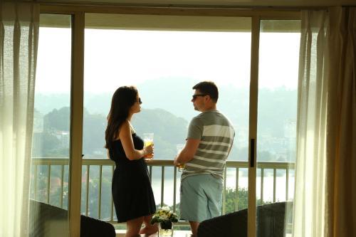 Dating HK ilmaiseksion online dating onnistunut