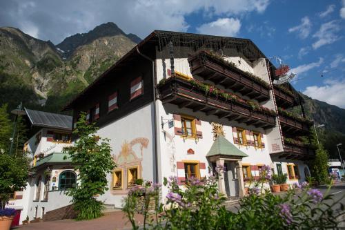 Der Pitztaler Kirchenwirt - Hotel - Sankt Leonhard im Pitztal