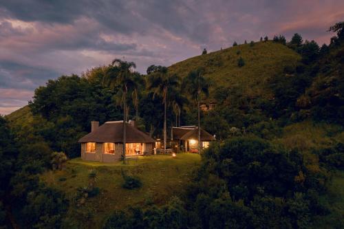 . Mackaya Bella Lodge