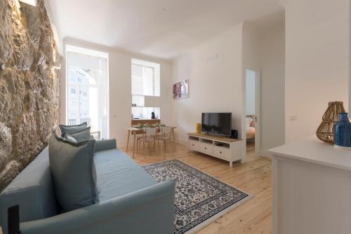 LovelyStay - Cozy & Modern 2Bed Flat w/ Balcony, 4300-252 Porto