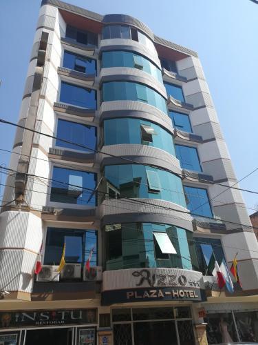 . Rizzo Plaza Hotel