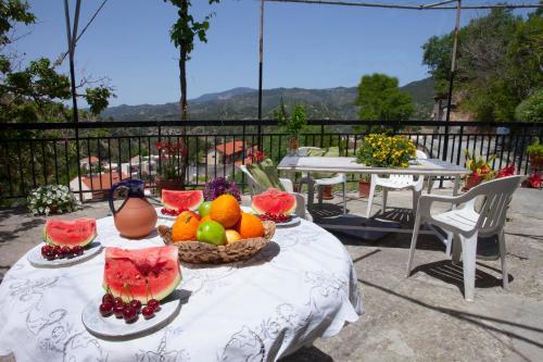 Agios Ioannis Cottage By Agros
