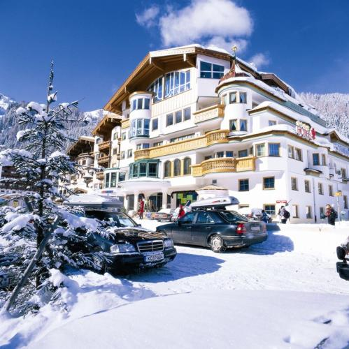 Hotel Neuhintertux Lanersbach-Tux