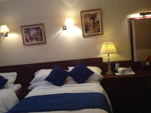 Avon Hotel photo 6
