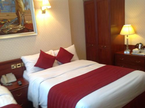 Avon Hotel photo 7