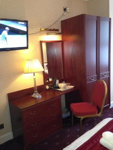 Avon Hotel photo 29