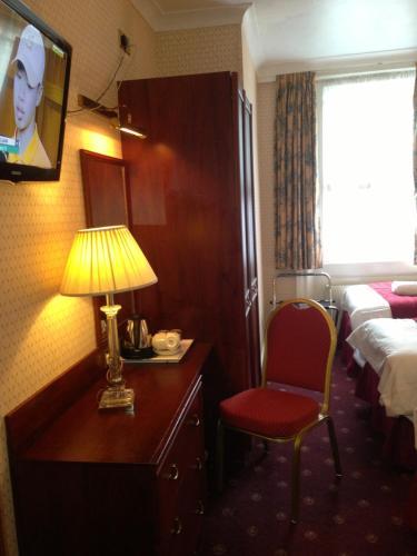 Avon Hotel photo 30
