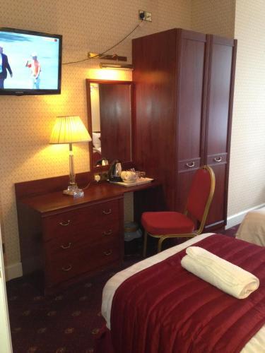 Avon Hotel photo 32