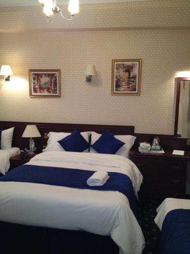 Avon Hotel photo 45