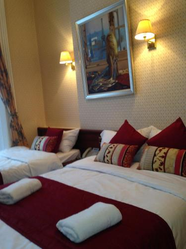 Avon Hotel photo 49