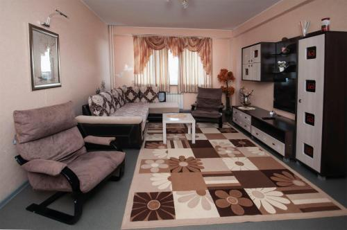 . Apartment on Esenina 4