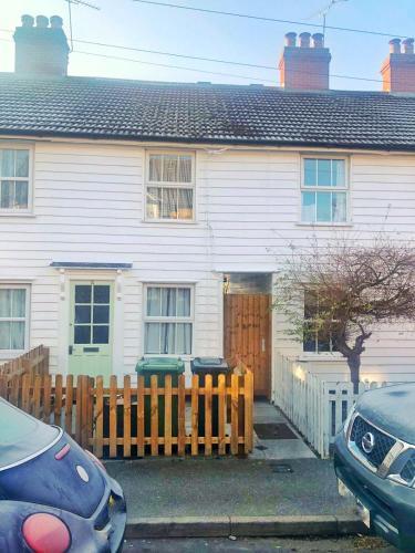 Bay Tree Cottage, Burnham On Crouch